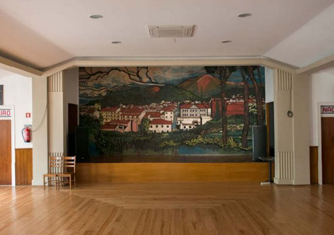 Casa da comarca arganil Lisbon / Empty Stages de Tim Etchells et Hugo Glendinning
