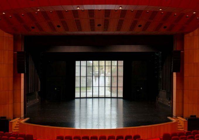Casa do Alentejo Lisbon / Empty Stages de Tim Etchells et Hugo Glendinning