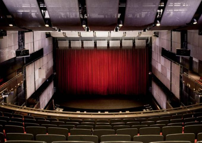 Saddlers Wells Theatre London 2012 / Empty Stages de Tim Etchells et Hugo Glendinning