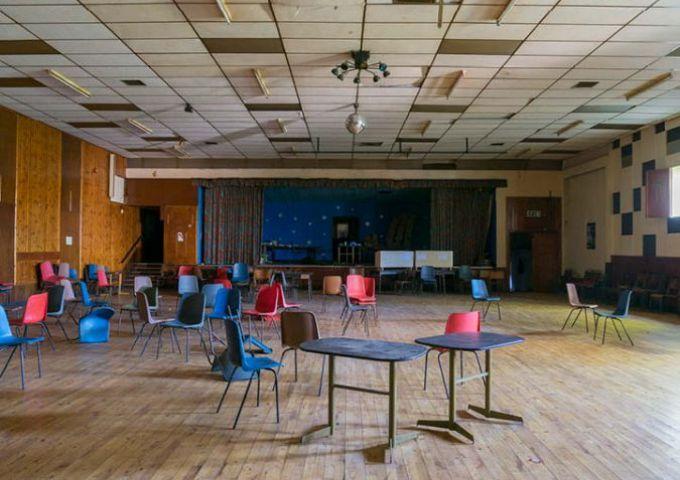 Stardust Nightclub Derry Northern Ireland / Empty Stages de Tim Etchells et Hugo Glendinning