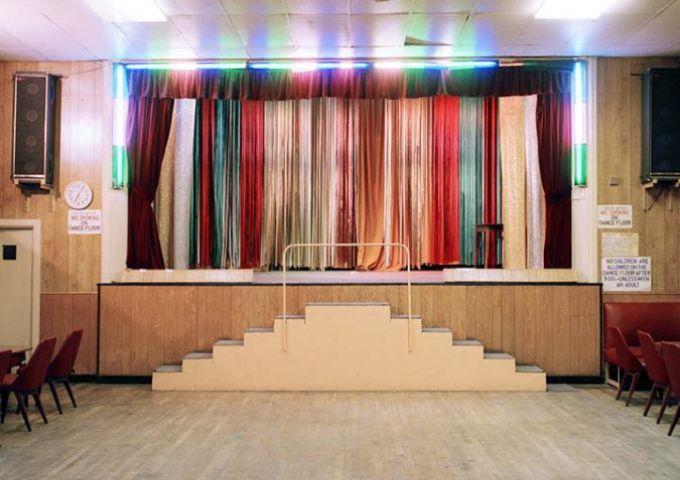 The Lansdowne Club London 2003 / Empty Stages de Tim Etchells et Hugo Glendinning